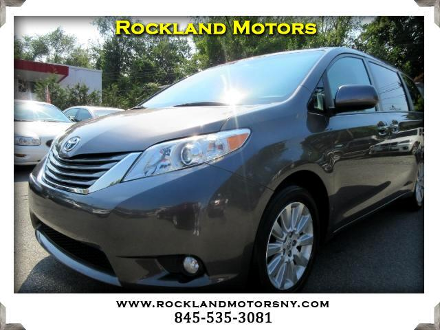 2011 Toyota Sienna DISCLAIMER We make every effort to present information that is accurate Howeve