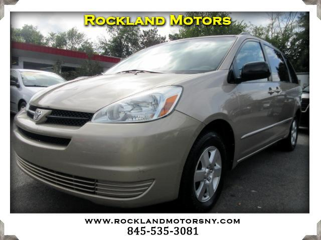 2004 Toyota Sienna DISCLAIMER We make every effort to present information that is accurate Howeve