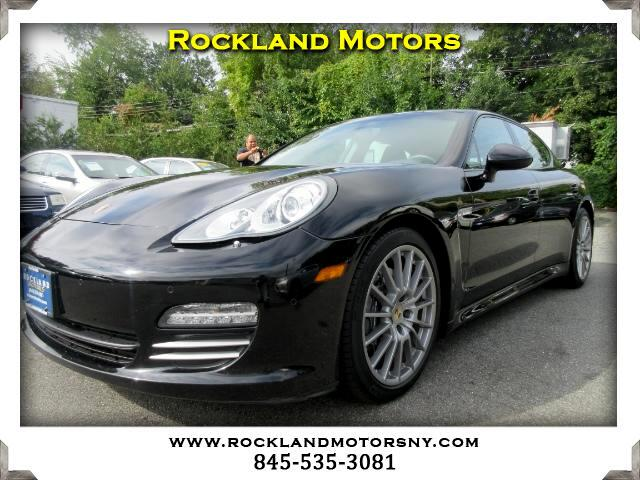 2013 Porsche Panamera DISCLAIMER We make every effort to present information that is accurate How