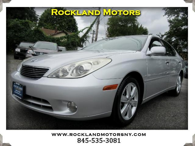 2005 Lexus ES 330 DISCLAIMER We make every effort to present information that is accurate However