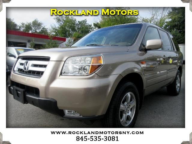 2006 Honda Pilot DISCLAIMER We make every effort to present information that is accurate However