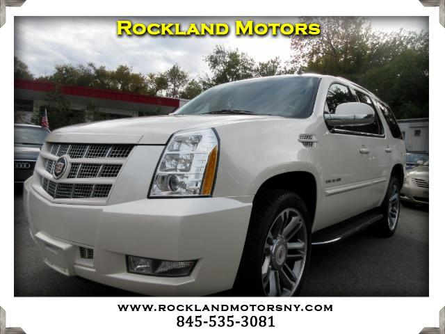 2013 Cadillac Escalade DISCLAIMER We make every effort to present information that is accurate Ho