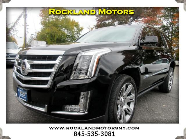 2015 Cadillac Escalade DISCLAIMER We make every effort to present information that is accurate Ho