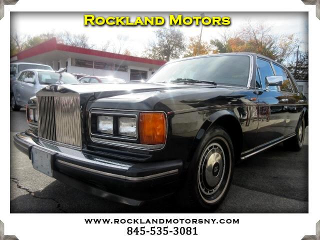 1991 Rolls Royce Silver Spur DISCLAIMER We make every effort to present information that is accura
