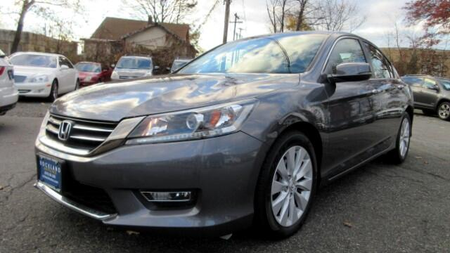 2013 Honda Accord DISCLAIMER We make every effort to present information that