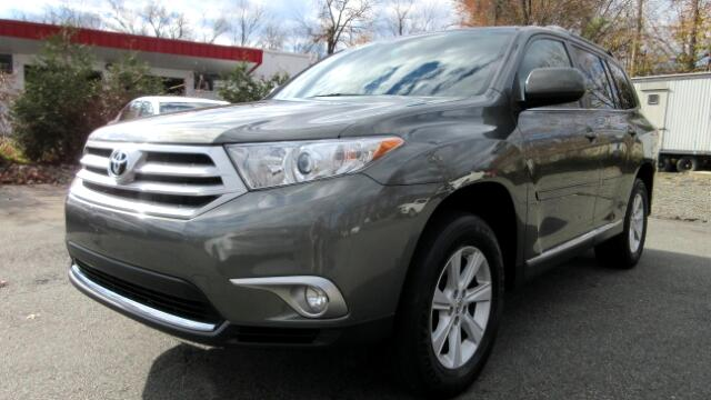 2012 Toyota Highlander DISCLAIMER We make every effort to present information that is accurate Ho
