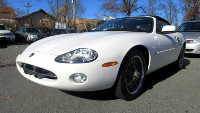 2001 Jaguar XK-Series DISCLAIMER We make every effort to present information that is accurate How