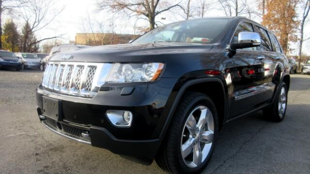 2013 Jeep Grand Cherokee Summit edition DISCLAIMER We make every effort to present information tha