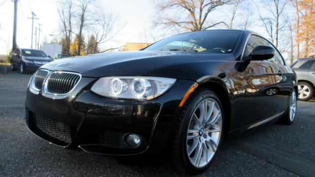 2013 BMW 3-Series M-Sport Package DISCLAIMER We make every effort to present information that is a