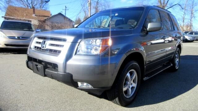 2008 Honda Pilot DISCLAIMER We make every effort to present information that is accurate However