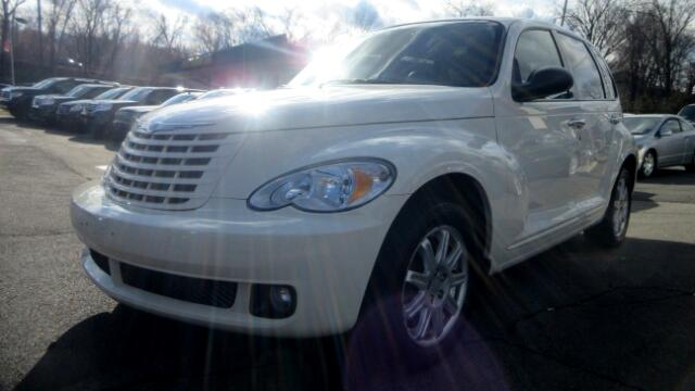 2008 Chrysler PT Cruiser DISCLAIMER We make every effort to present information that is accurate