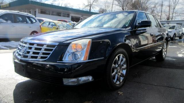 2007 Cadillac DTS DISCLAIMER We make every effort to present information that is accurate However