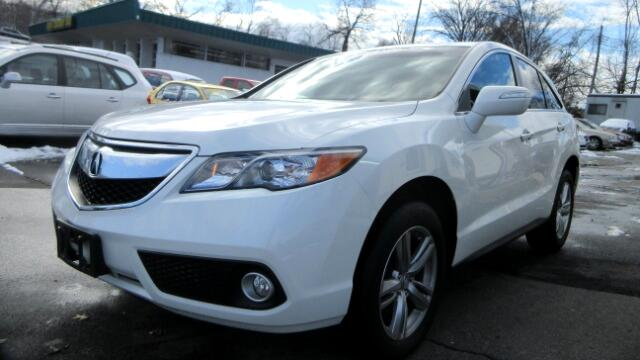 2014 Acura RDX 3rd row seating DISCLAIMER We make every effort to present information that is accu