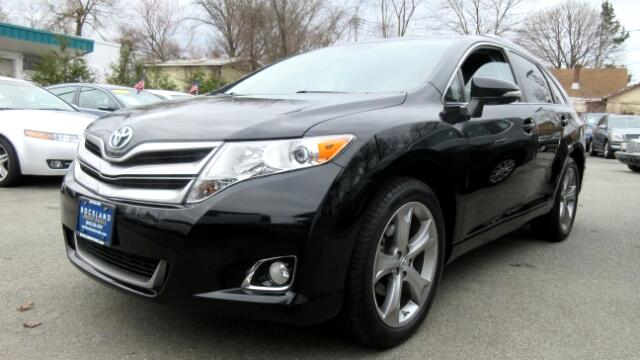 2013 Toyota Venza DISCLAIMER We make every effort to present information that is accurate However