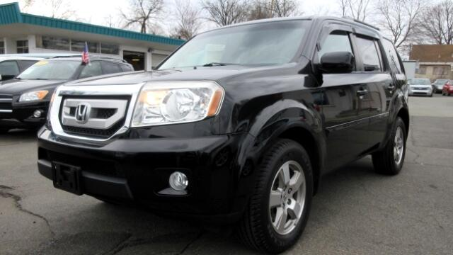 2011 Honda Pilot DISCLAIMER We make every effort to present information that is accurate However