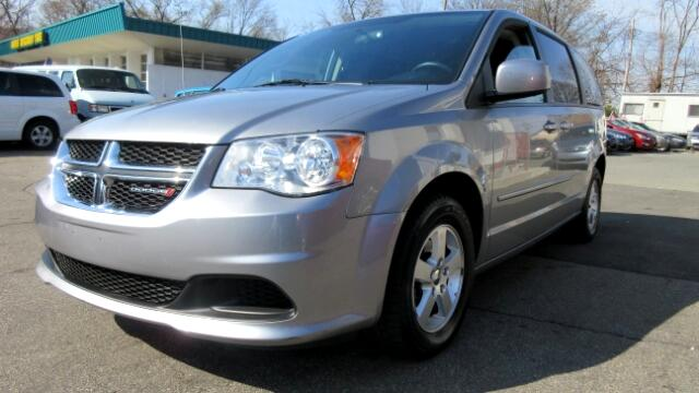 2013 Dodge Grand Caravan DISCLAIMER We make every effort to present information that is accurate