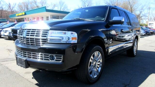 2011 Lincoln Navigator L DISCLAIMER We make every effort to present information that is accurate