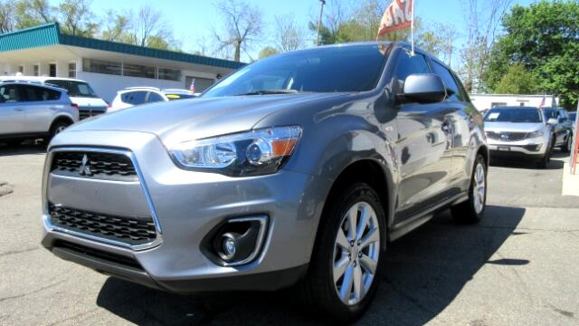 2015 Mitsubishi Outlander Sport DISCLAIMER We make every effort to present information that is acc