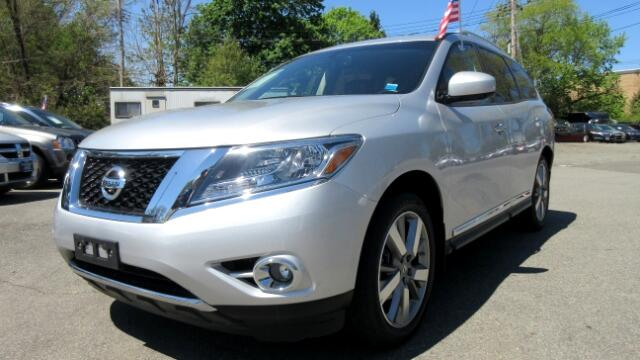 2013 Nissan Pathfinder DISCLAIMER We make every effort to present information that is accurate Ho