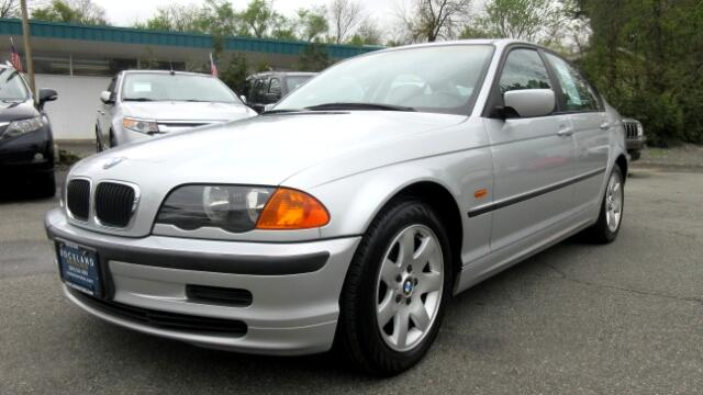 2000 BMW 3-Series DISCLAIMER We make every effort to present information that is accurate However
