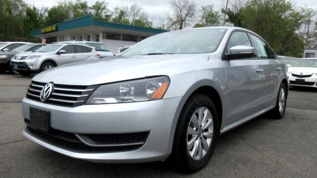 2013 Volkswagen Passat DISCLAIMER We make every effort to present information that is accurate Ho