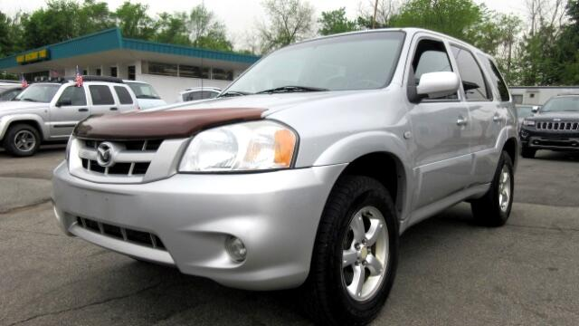 2005 Mazda Tribute DISCLAIMER We make every effort to present information that is accurate Howeve