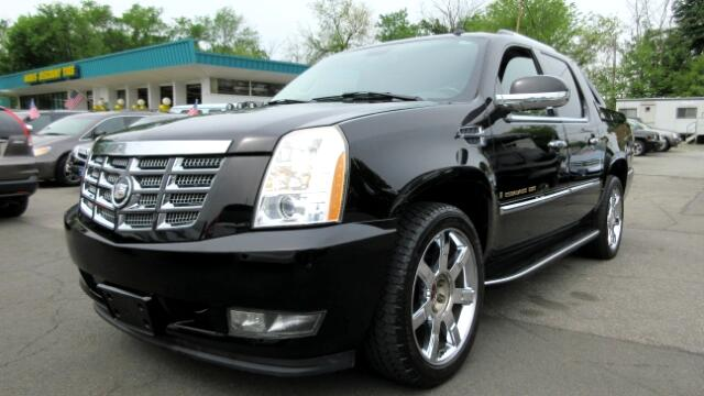 2007 Cadillac Escalade EXT DISCLAIMER We make every effort to present information that is accurate