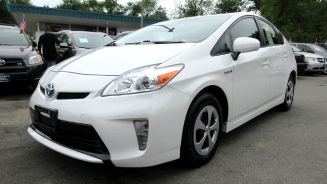 2013 Toyota Prius DISCLAIMER We make every effort to present information that is accurate However