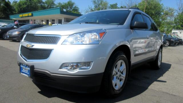 2012 Chevrolet Traverse DISCLAIMER We make every effort to present information that is accurate H