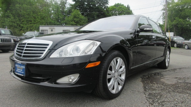 2009 Mercedes S-Class DISCLAIMER We make every effort to present information that is accurate How