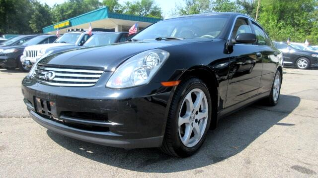 2004 Infiniti G35 DISCLAIMER We make every effort to present information that is accurate However