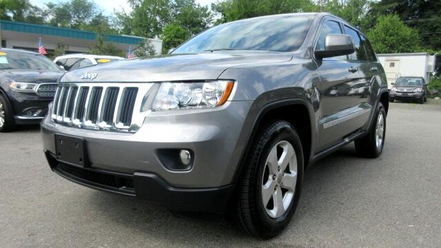 2013 Jeep Grand Cherokee DISCLAIMER We make every effort to present information that is accurate