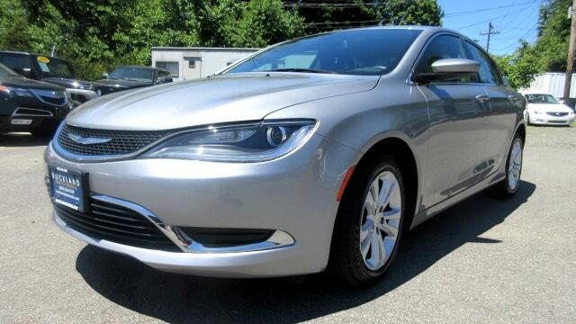 2015 Chrysler 200 DISCLAIMER We make every effort to present information that is accurate However
