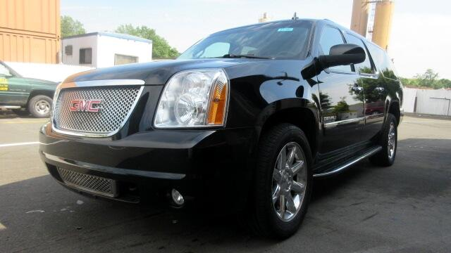 2011 GMC Yukon Denali DISCLAIMER We make every effort to present information that is accurate How