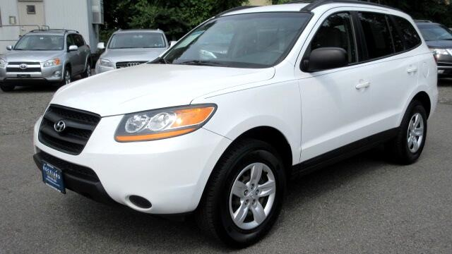 2009 Hyundai Santa Fe DISCLAIMER We make every effort to present information that is accurate How