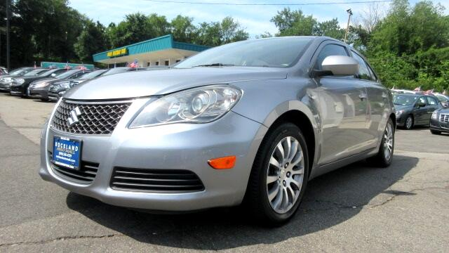 2010 Suzuki Kizashi DISCLAIMER We make every effort to present information that is accurate Howev