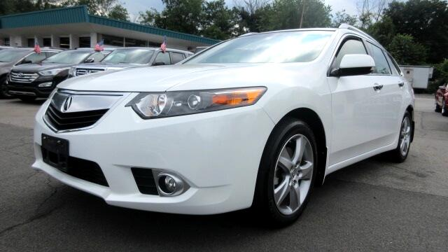 2013 Acura TSX DISCLAIMER We make every effort to present information that is accurate However it