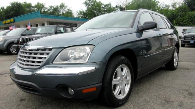 2005 Chrysler Pacifica DISCLAIMER We make every effort to present information that is accurate Ho