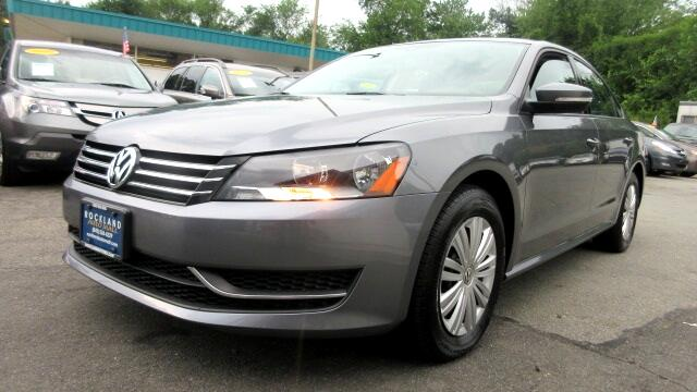 2015 Volkswagen Passat DISCLAIMER We make every effort to present information that is accurate Ho