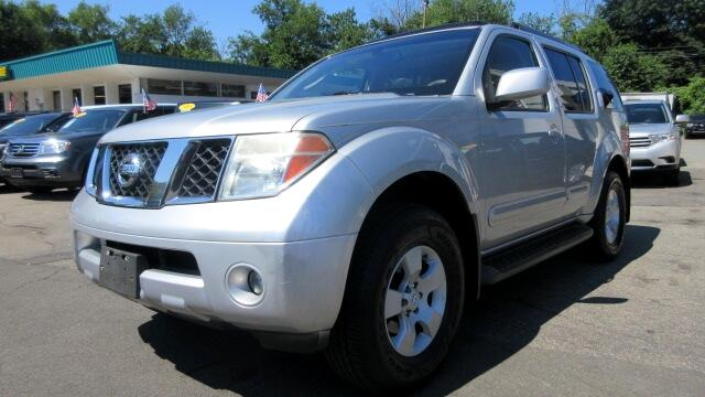 2005 Nissan Pathfinder DISCLAIMER We make every effort to present information that is accurate Ho