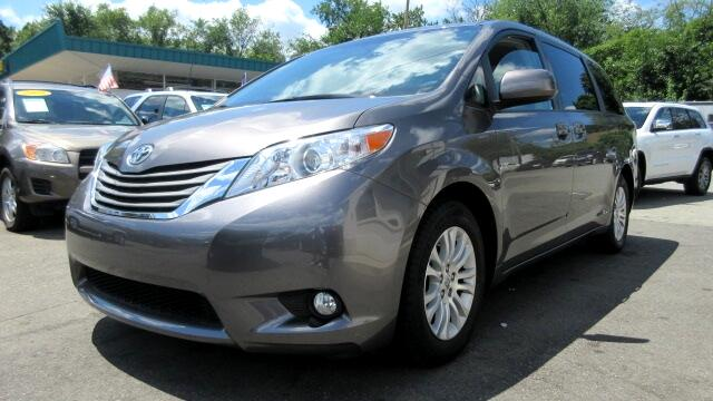 2014 Toyota Sienna DISCLAIMER We make every effort to present information that is accurate Howeve