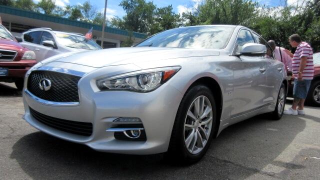 2014 Infiniti Q50 DISCLAIMER We make every effort to present information that is accurate However