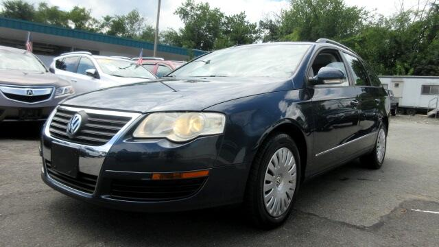 2007 Volkswagen Passat Wagon DISCLAIMER We make every effort to present information that is accura