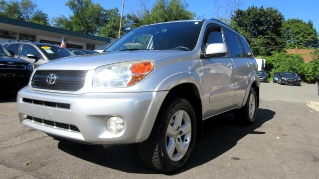 2004 Toyota RAV4 DISCLAIMER We make every effort to present information that is accurate However