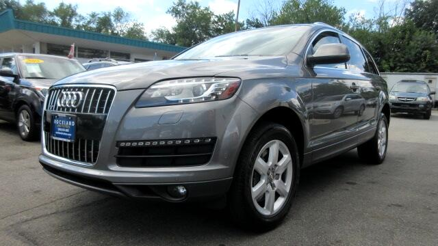 2010 Audi Q7 DISCLAIMER We make every effort to present information that is accurate However it i