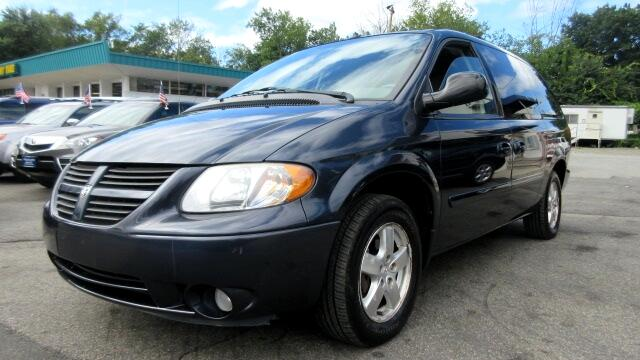 2007 Dodge Grand Caravan DISCLAIMER We make every effort to present information that is accurate