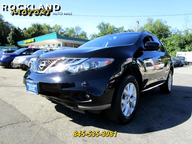 2013 Nissan Murano DISCLAIMER We make every effort to present information that is accurate Howeve