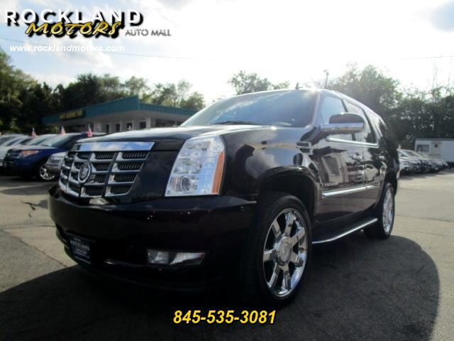2009 Cadillac Escalade DISCLAIMER We make every effort to present information that is accurate Ho