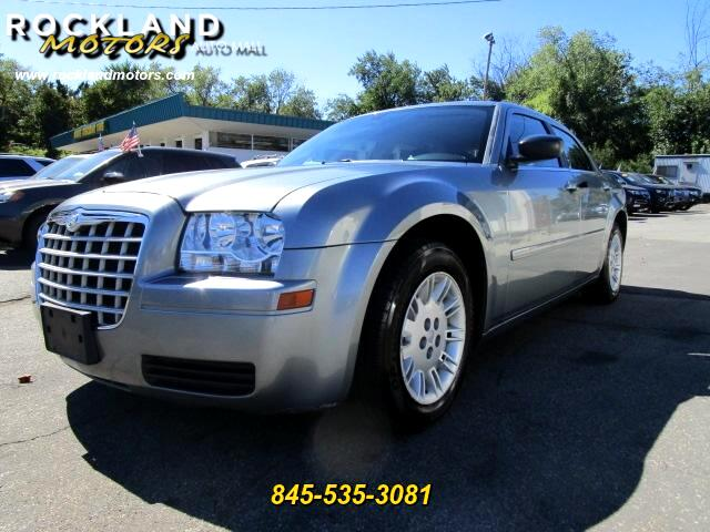 2006 Chrysler 300 DISCLAIMER We make every effort to present information that is accurate However