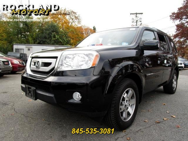 2010 Honda Pilot DISCLAIMER We make every effort to present information that is accurate However